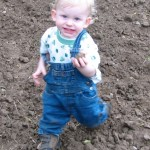 Gardening with Kids: Let Your Kids Get Dirty