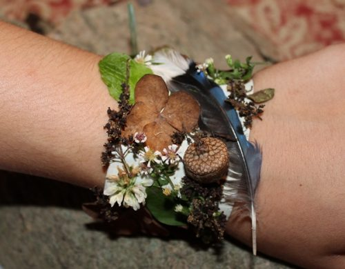 Nature scavenger hunt-Nature Bracelet