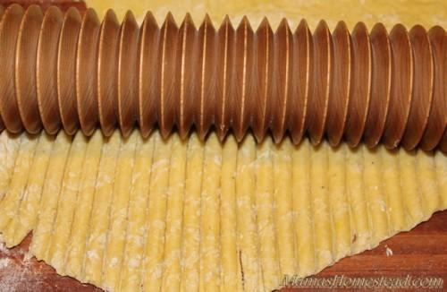 Noodle Roller